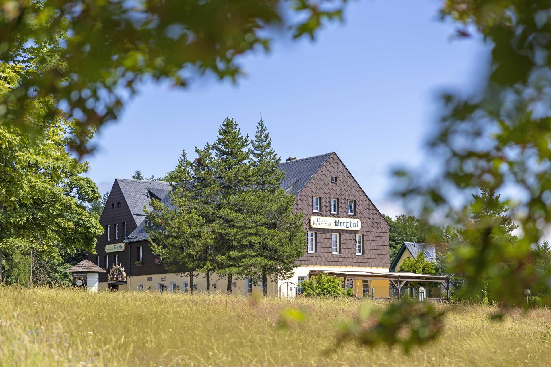 hotel-berghof-hausansicht_feld2