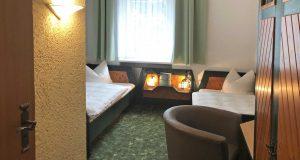 hotel-berghof-zweibettzimmer